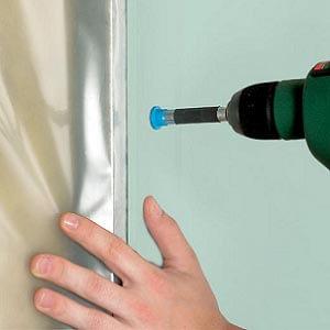 Parachèvement d'une salle de bains à l'aide de plaques de plâtre