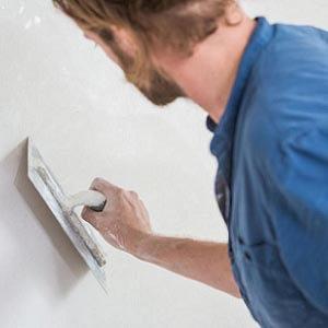 Plâtrer un mur avec Knauf Goldband
