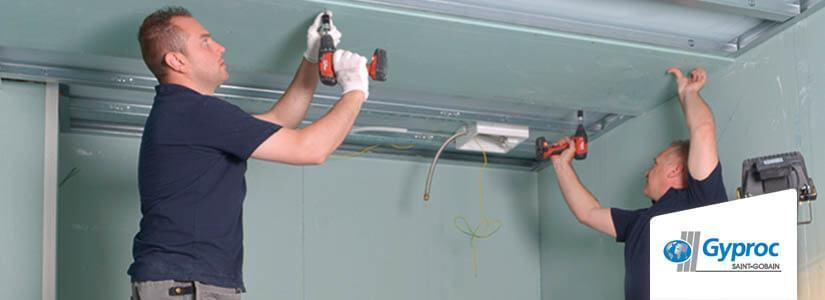 Installer un plafond Gyproc Metal Stud