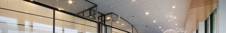 Plafondpanelen van Rockfon voor systeemplafonds